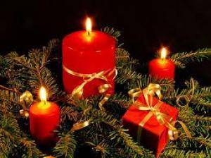 Kerstversieringen in en om huis: Een warme ontvangst, Een lantarentjesboom, Feestbord