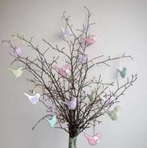 Haal de lente weer in huis!: De Paasboom, Lichtgevende eieren