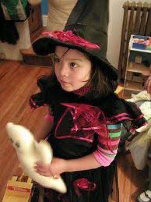 Heksenfeest: Hapjes en drankjes, Mee naar huis, Trakteren op school, Films/boeken/cd's, Buiten de deur